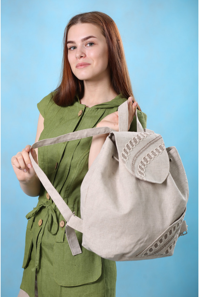 Рюкзак с кружевом